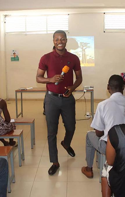 Kokou Atideka Soke, enseignant passionné lors de la conférence Ana-Nour à Lomé en 2019.