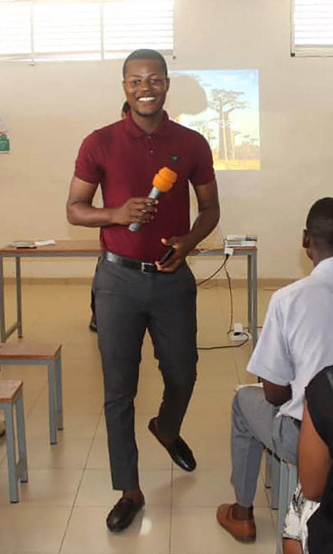 Kokou Atideka Soke, enseignant passionné lors de la conférence Ana-Nour à Lomé en mars 2018