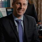 Grégoire Borst est Professeur de neurosciences cognitives de l'éducation et de psychologie du développement à l'Université de Paris et directeur de LaPsyDÉ